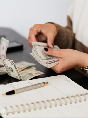 How to manage money when broke